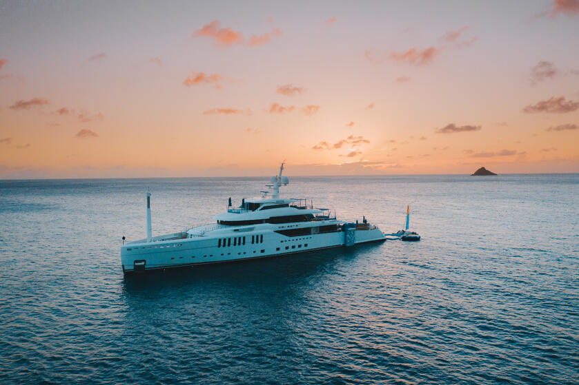Luxury, Yacht